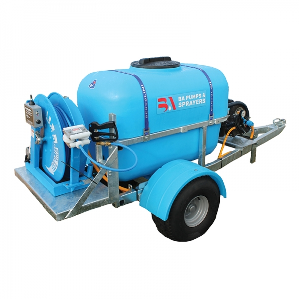 400 litre trailed sprayer with Quik Spray Reel