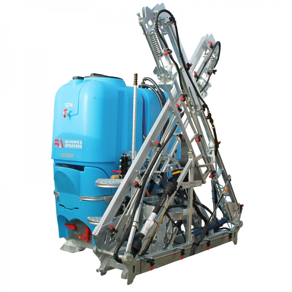 1300 litre 3PTL Sprayer