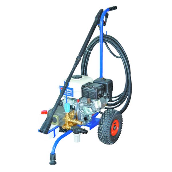 petrol water blaster hamilton bertolini pump